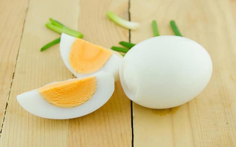 thực đơn giảm cân bằng trứng ngày 1