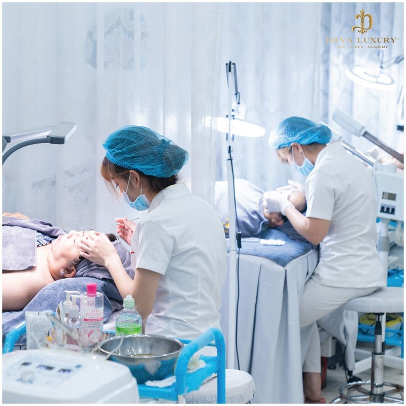 Viện thẩm mỹ DIVA Luxury - Xây Dựng Thương Hiệu Từ Chất Lượng Dịch Vụ