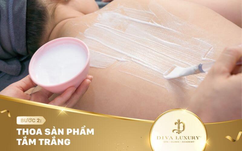 Sản phẩm tắm trắng giúp cung cấp dưỡng chất cho da